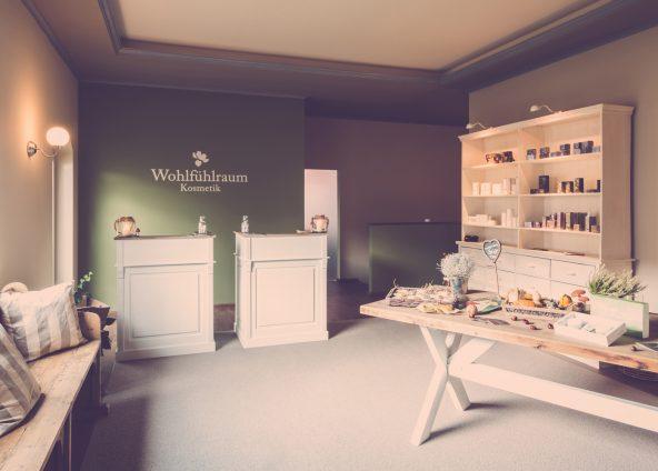 BOKA Architektur Ladenbau Kosmetikstudio Wohlfühlraum